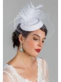 Prim 1940s Veil in White