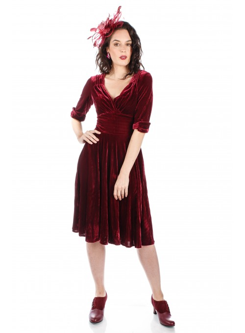 1950s Jazzy Belle Velvet Party Dress in Burgundy