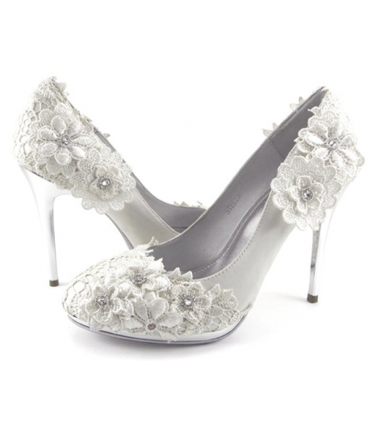 Lace Wedding Heels in White - SOLD OUT