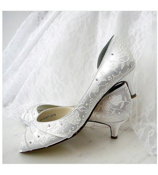 "Wedding hand Painted shoes in Ivory, Model ""Abbey"""