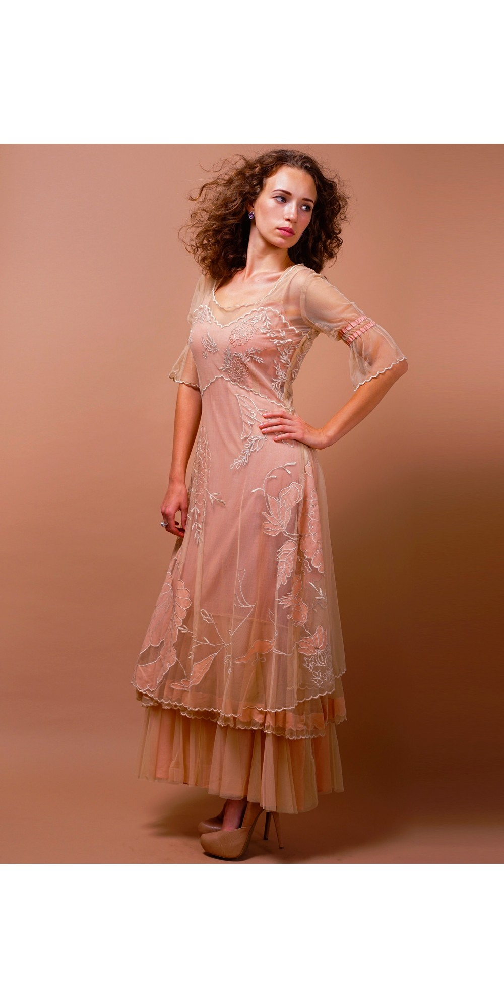 Awesome Titanic Gown Frieze - Wedding and flowers ispiration - sessa.us