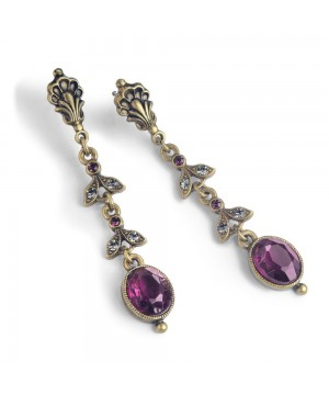 Victorian Elegant Earrings in Amethyst